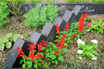 花壇にレンガブロック